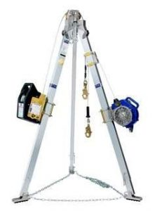 Confined space entry tripod equipment